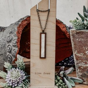 mother of pearl narrow necklace